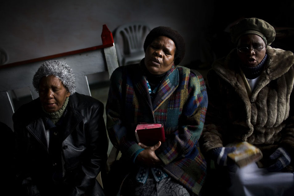 EPIDEMIC: Tuberculosis in the South African Gold Mining Community