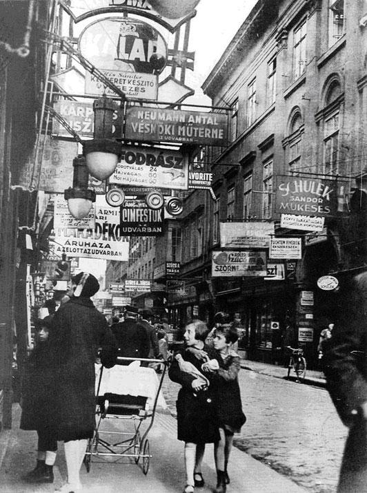 Király Street, Budapest, 1929