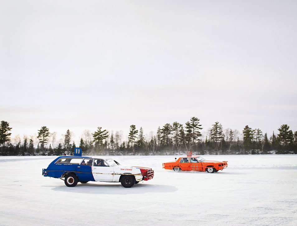 Car Races on Ice