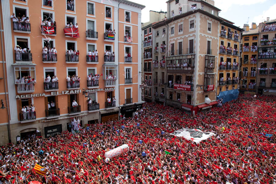 Running of the Bulls (10 Photos)