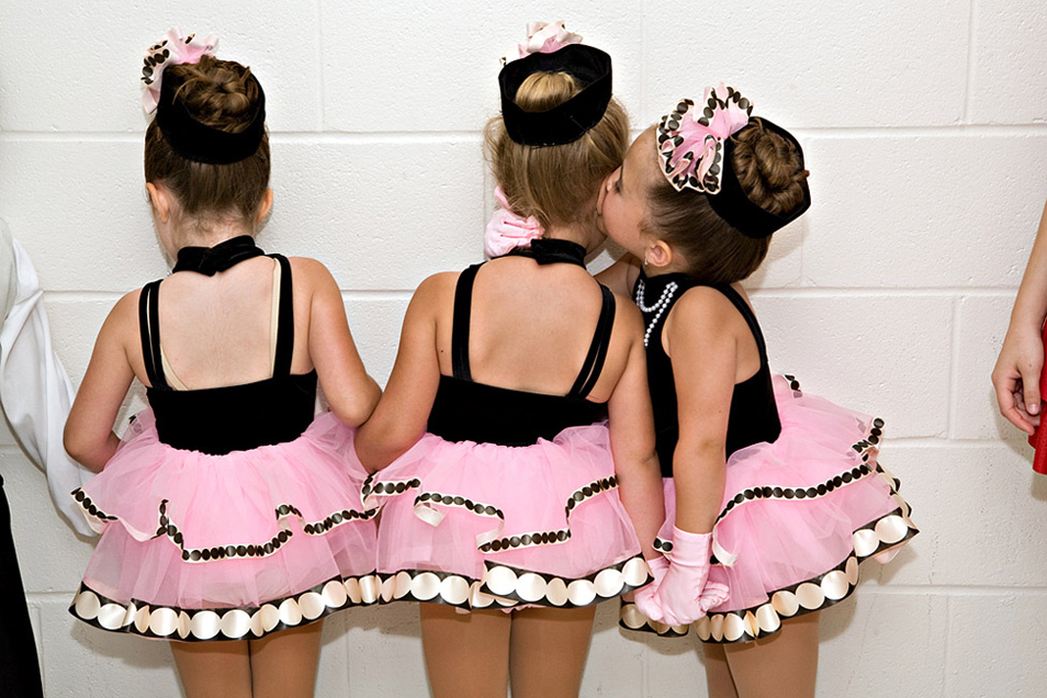 Tiny Dancers (10 Photos)