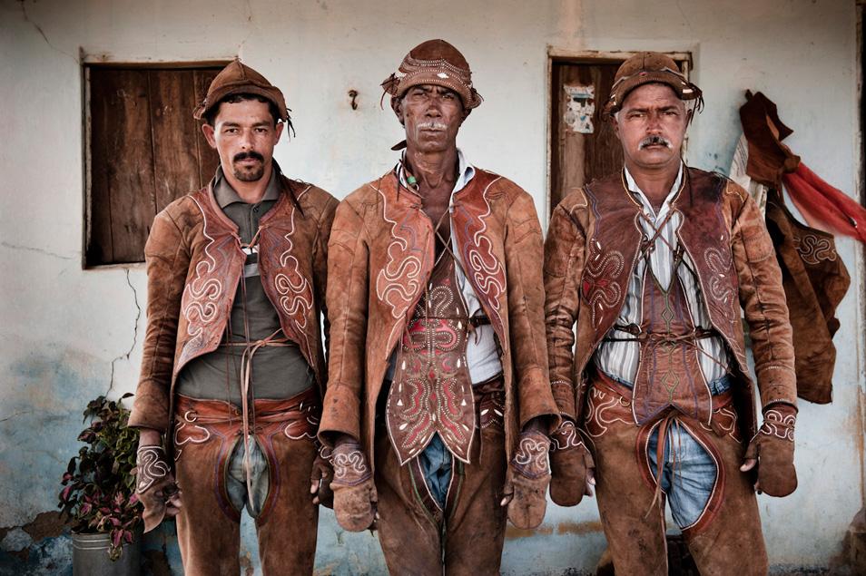 Horsemen of the Americas (10 Photos)