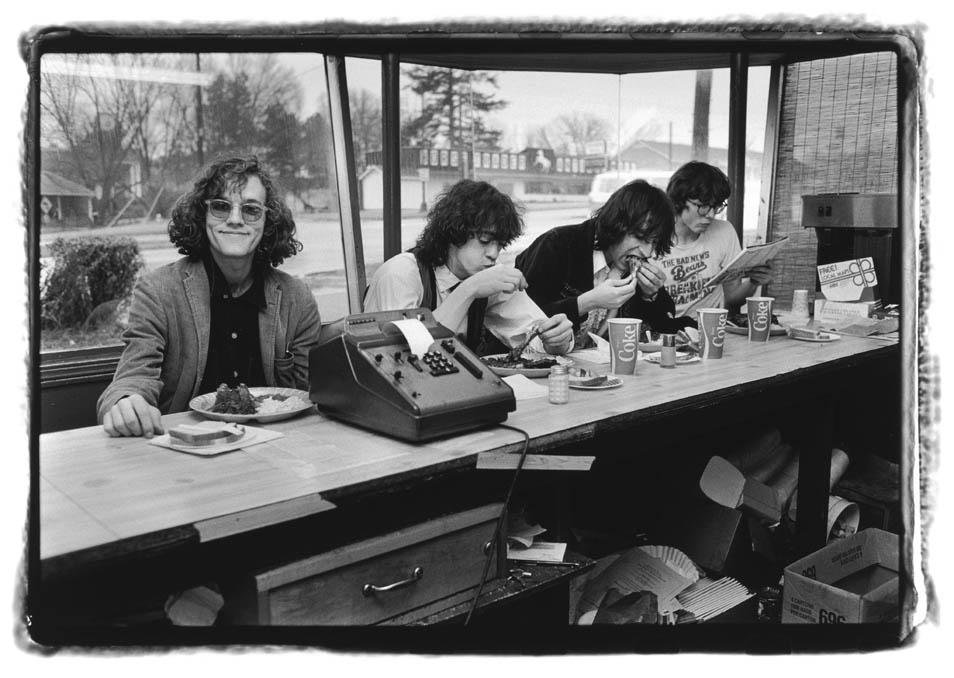 Laura Levine: Love The Eighties? (5 Photos)