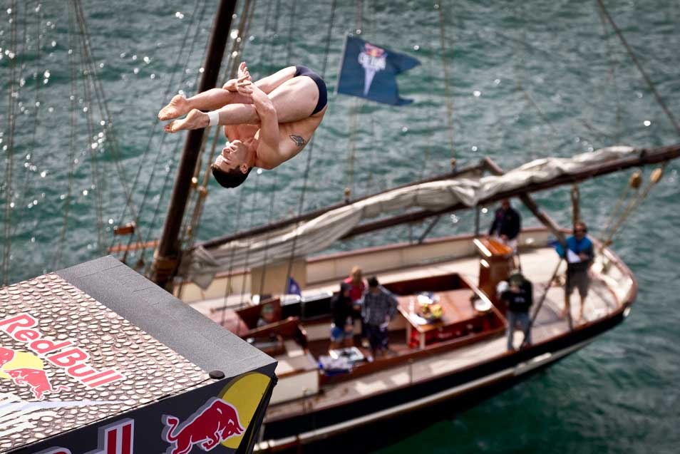 © Dean Tremi/Red Bull Cliff Diving