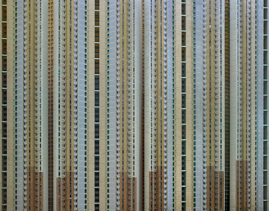 Michael Wolf: Life in Cities (3 Photos)