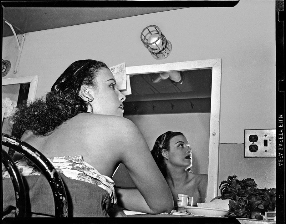"""Lena Horne reflected in mirror in dressing room at Stanley Theatre"" by Teenie Harris © 2006 Carnegie Museum of Art, Pittsburgh"