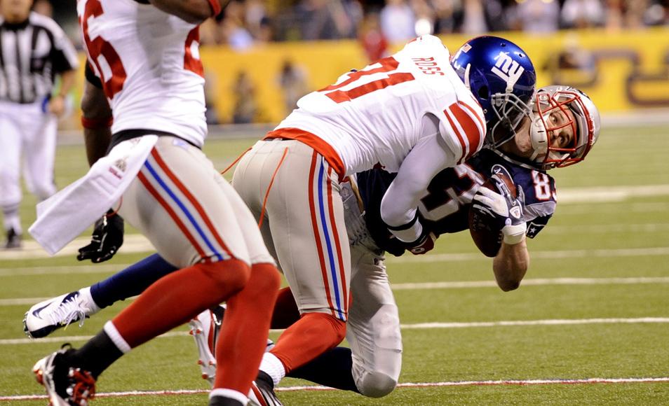 Super Bowl 2012: Clash of the Titans (12 Photos)