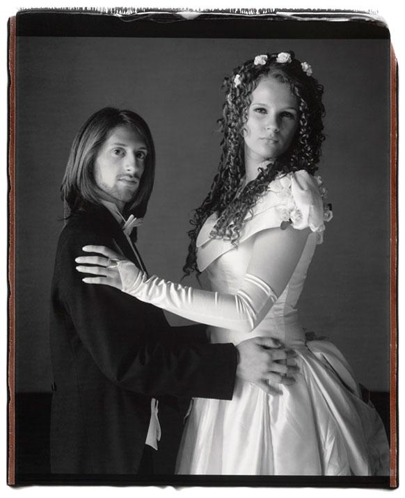 Mary Ellen Mark: Prom Portraits (3 Photos)