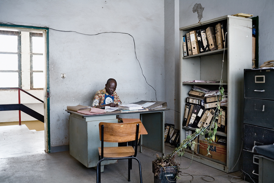 Onward, Africa (5 Photos)
