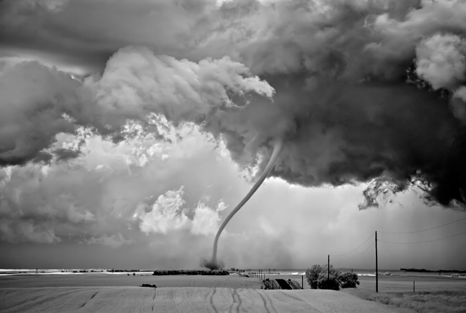 """Rope Out,"" 2009. © Mitch Dobrowner/Courtesy Kopeikin Gallery"