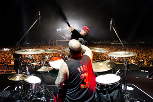 Drummer John Otto and lead singer Fred Durst. Seoul, Korea. August 17, 2013. © Paris Visone