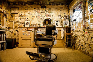 Angel's Barbershop (Seligman, Arizona). © Rob Hammer